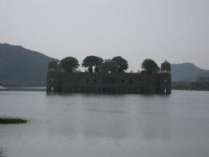 ジャルマハル(水の宮殿)