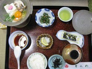 「とら丸旅館」の朝食