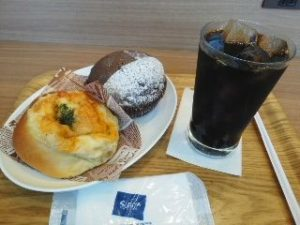 JR二条駅のパン屋さん