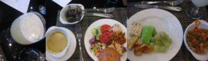 レストランで昼食